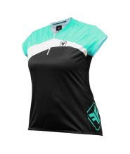 CAMISA FREE FORCE FEMININA MANGA CURTA PLUS BLOOM